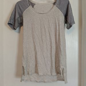 Lululemon short sleeve tee size 6